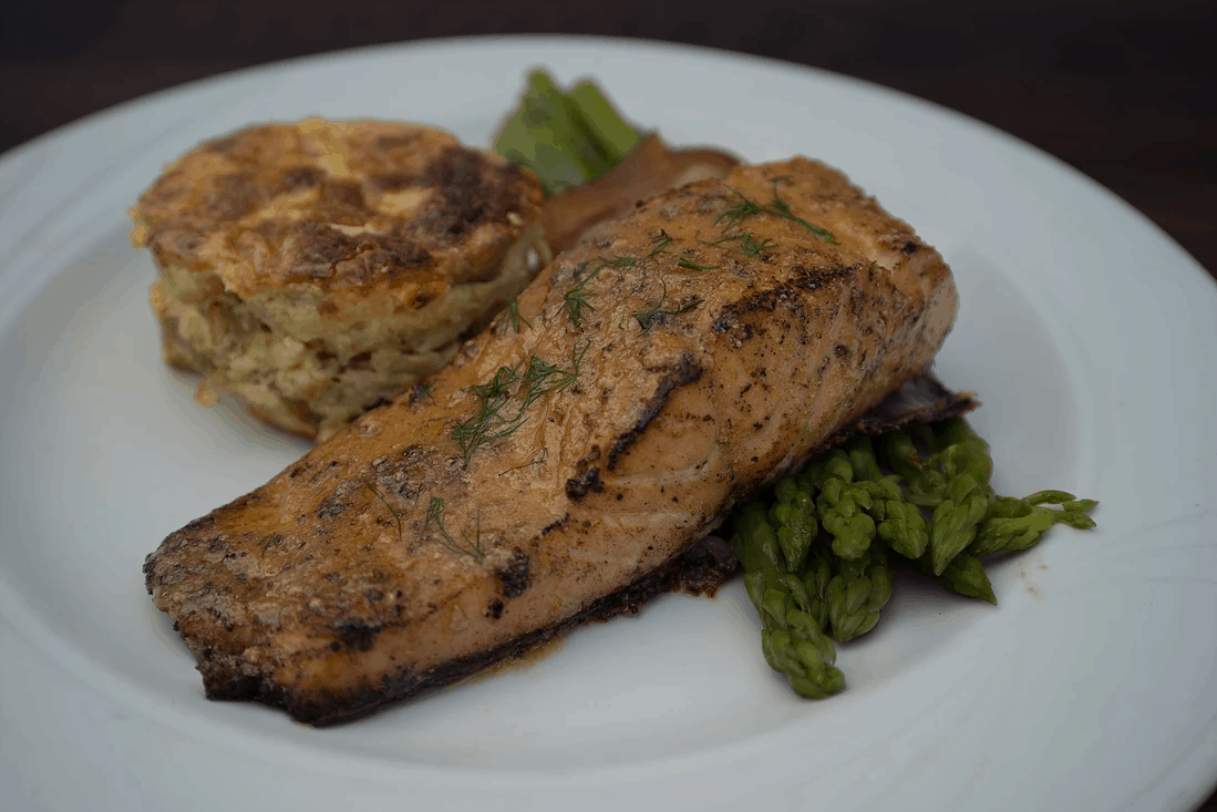 gourmet salmon with biscuit and asparagus